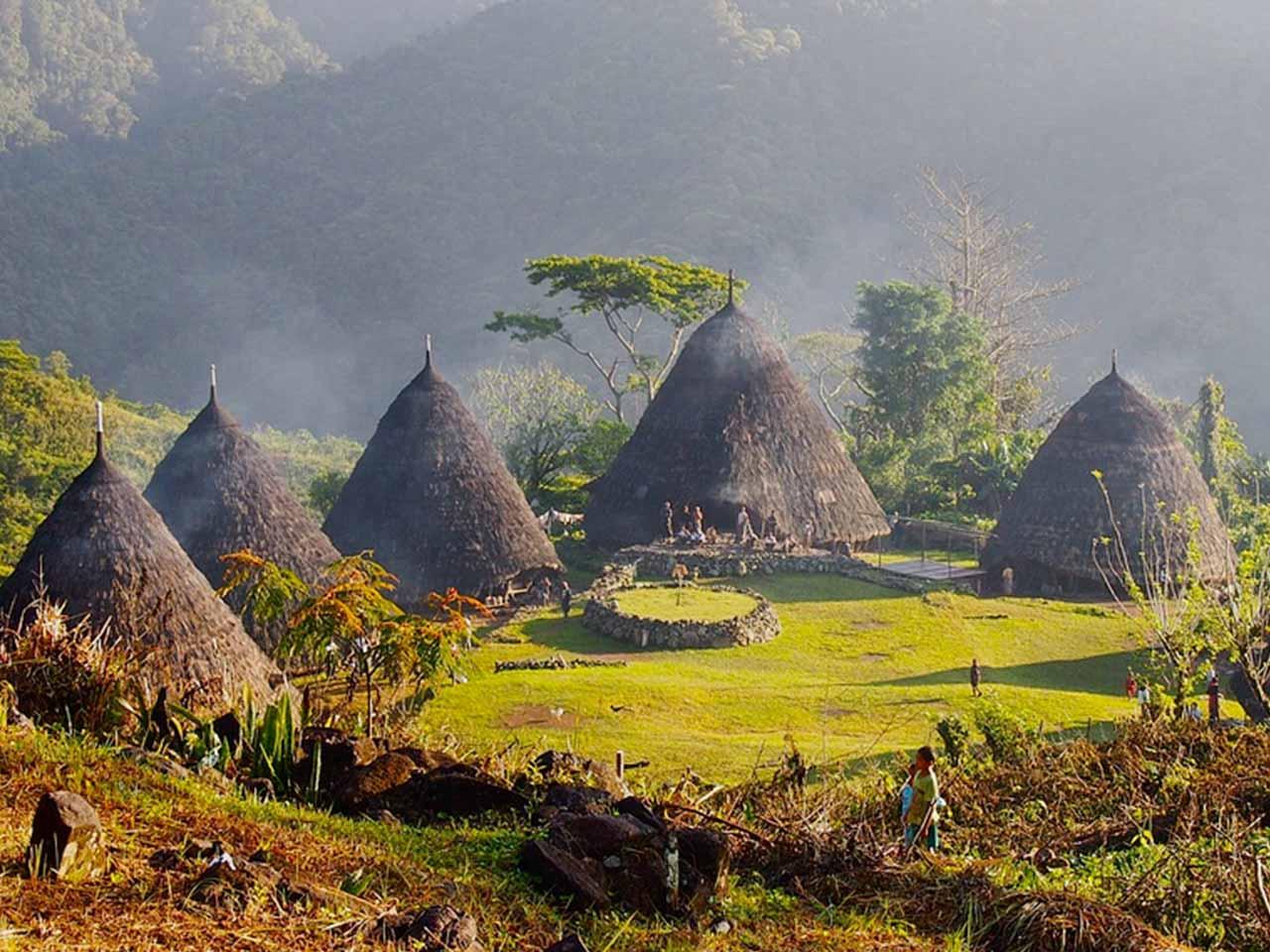 Desa Adat Wae Rebo