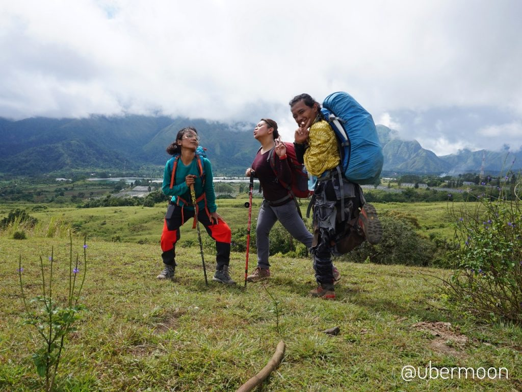Padang Savana — Mendaki Gunung Rinjani