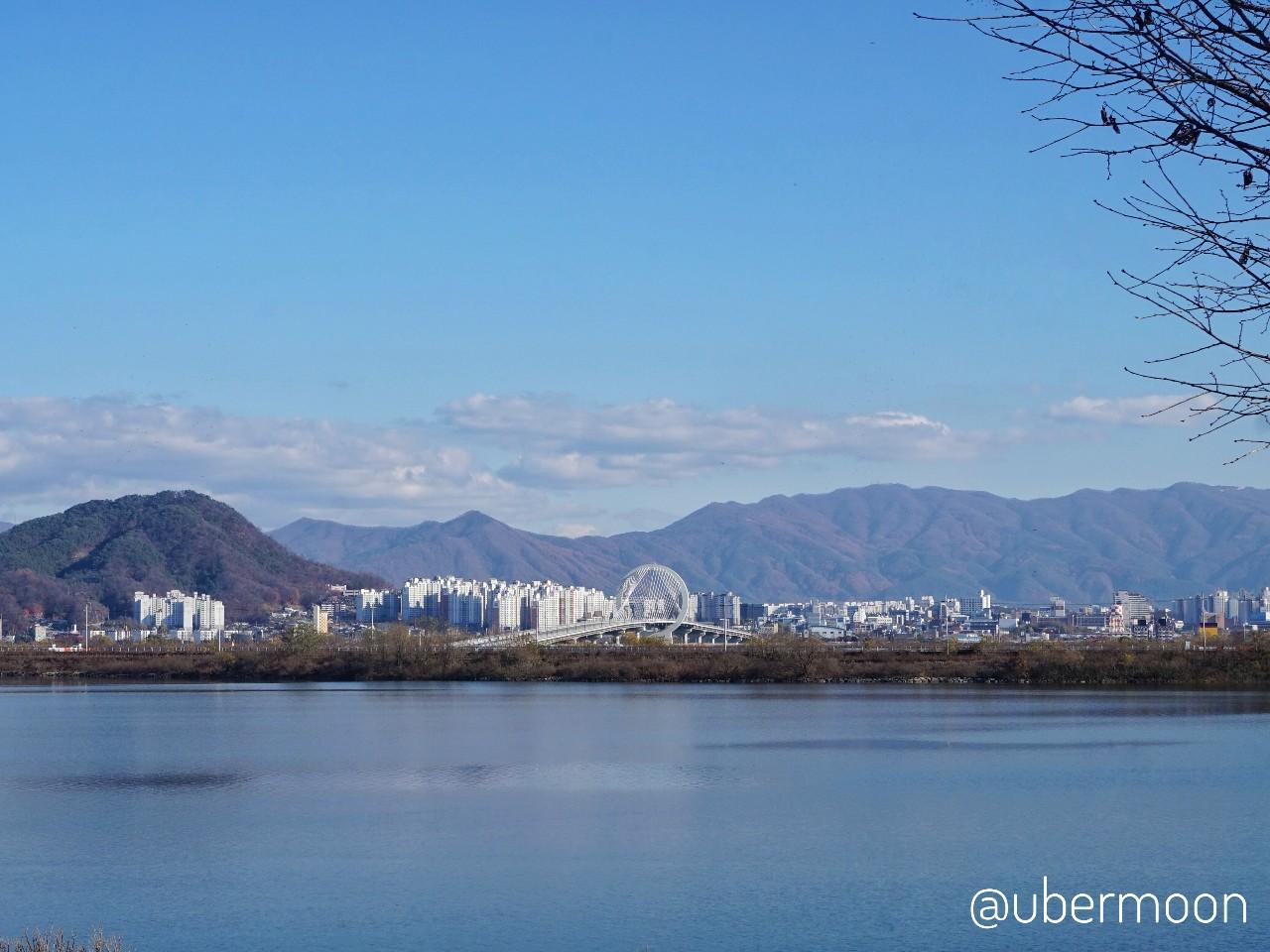 Keliling Chuncheon sambil menyusuri danau