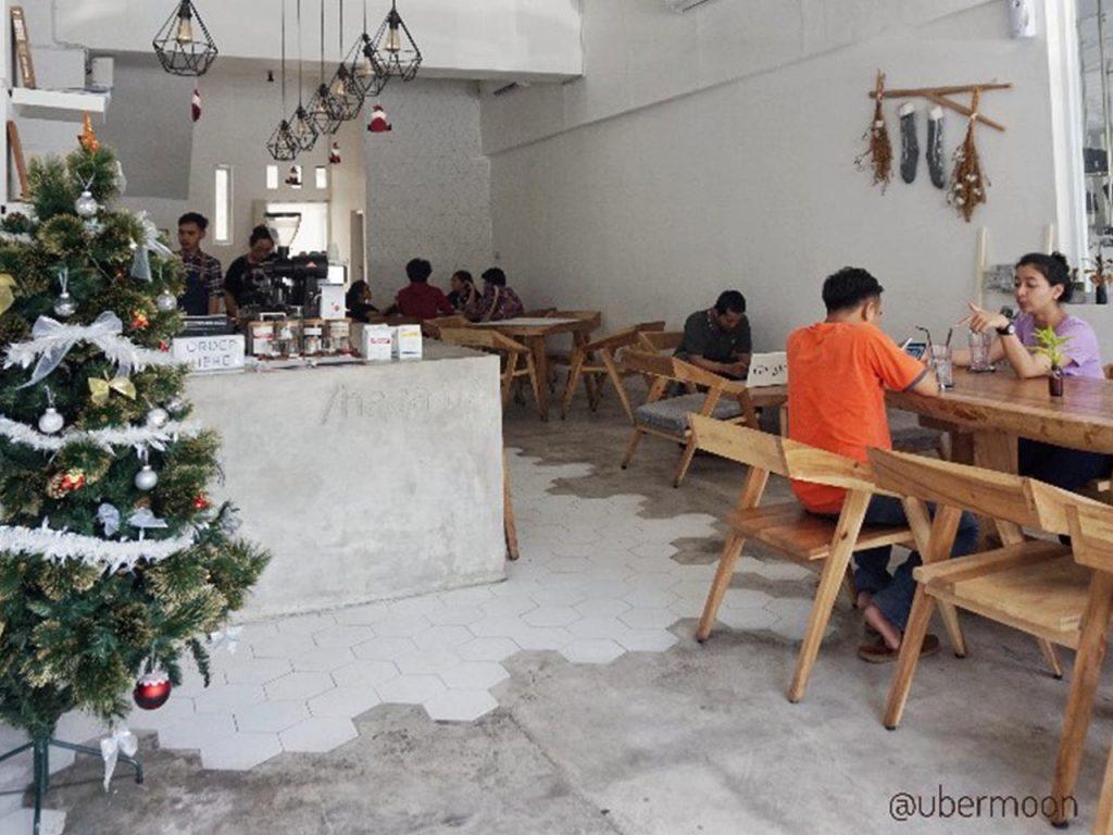 Hayati Coffee Shop di Jogja