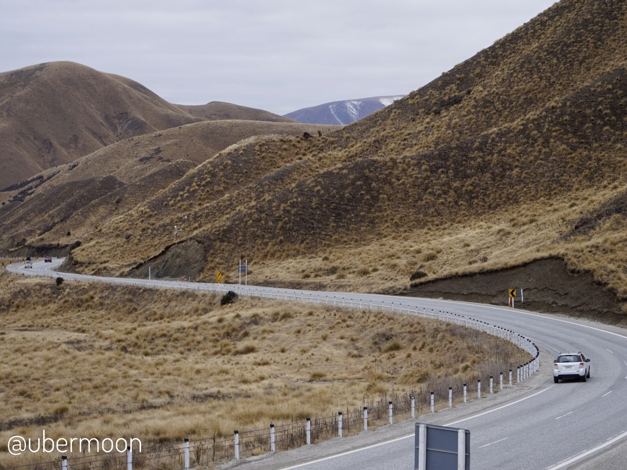 Lindis Pass Lookout New Zealand