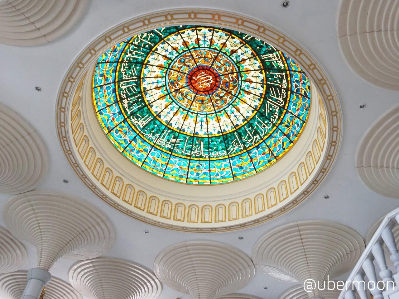 Kubah lantai bawah Masjid Jame's Asr Hassanil Bolkiah